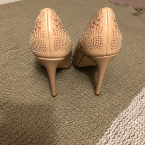 Shoe Dazzle Shoes - Shoe Dazzle Izabella Rue heels